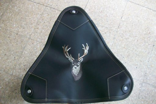 Silla tripode de caza bordado ciervo