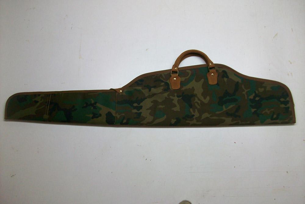 Funda para rifle con visor en camuflaje